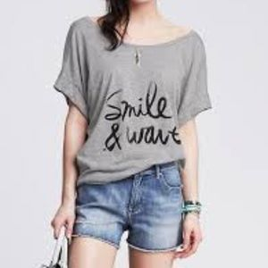 Smile & Wave t-shirt